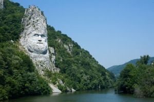 Romania-List_of_longest_rivers_of_Romania[1]